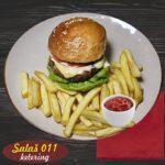 Gurmanski burger Salaš011 ketering